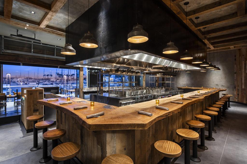 Uovo Marina Del Rey dining room